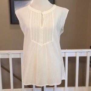 Trina Turk white v-neck lightweight blouse Size S